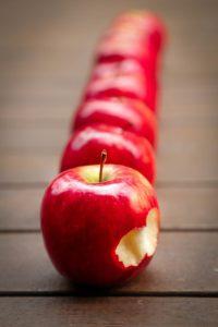 apples-634572_960_720
